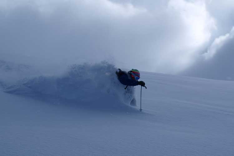 Powder skiing in Verbier