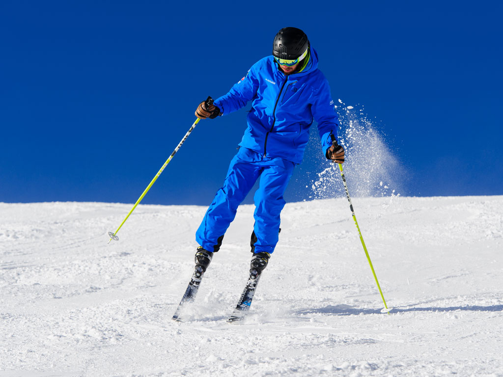Ski instructor training agility