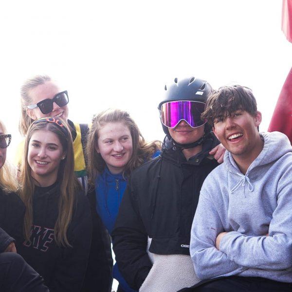 ski-group-3